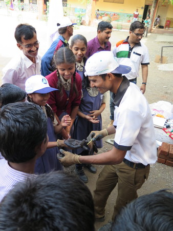 T India Get The Kids Involved